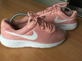 """""""Nike"""" Modische Sneaker, Gr. 37,5"""