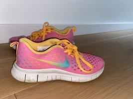Nike multicolor