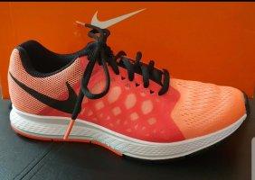 Nike High top sneaker zwart-roze