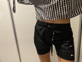 Nike Pantalón corto deportivo negro