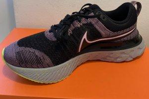 Nike React Infinity Run Flyknit 2 Damen Laufschuh