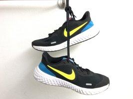 Nike Revolution Unisex Sneakers Sportschuhe Laufschuhe Größe 39 schwarz