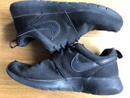 Nike Roshe Run Sneaker Sportschuhe Größe 38 UK 5 schwarz