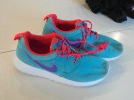 Nike Roshe Run türkis blau rot Gr. 37,5