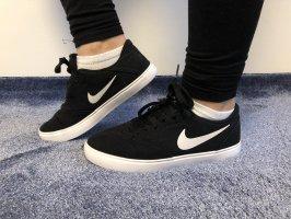 Nike SB Sneaker