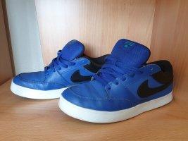 Nike Schuhe blau schwarz