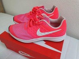 Nike Schuhe  gr 37,5