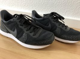 Nike Schuhe Größe 36,5