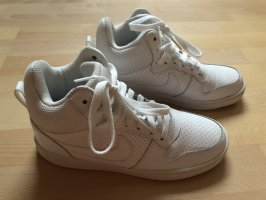 Nike Schuhe Grösse 38