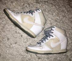 Nike Sneaker con zeppa bianco-grigio chiaro