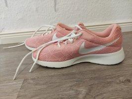 Nike Schuhe rosa 38 neu