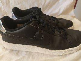 NIKE Schuhe Wmns Nike Court Royale
