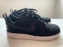 Nike schwarz 39