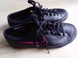 Nike - schwarz/pink