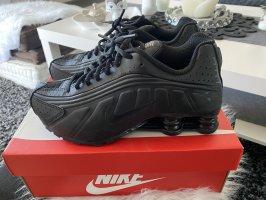 Nike Shox R4 NEU!!! Gr. 38, USA 5,5, 24cm