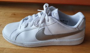 Nike Sneaker Damen
