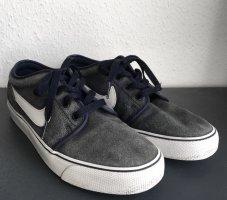 Nike Sneaker dunkelblau