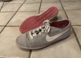 Nike Sneaker Flash MTR