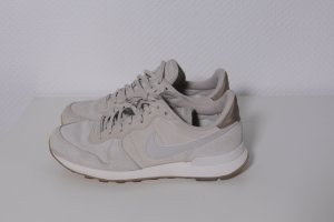 Nike Sneaker Internationalist beige grau Gr.37,5 UK4