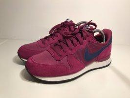 Nike Sneaker INTERNATIONALIST, lila, Größe 40, neuwertig