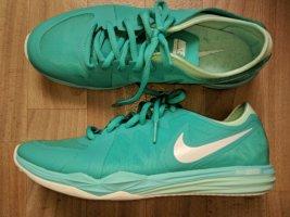Nike Sneaker Mint Neu