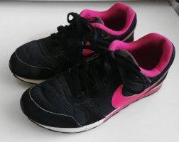 Nike Sneaker Schwarz Pink Gr. 38