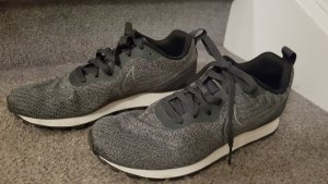 NIKE  Sneaker/ Turnschuhe Gr. 38,5
