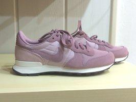 Nike Sneakers, neu!! Ohne Etikett Gr. 37,5