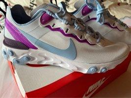 Nike Sport Schuhe Größe 38