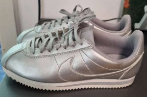 Nike Sportschuh Neu
