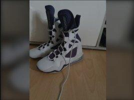 Nike Kozaki sznurowane jasnoszary