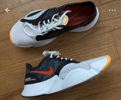 Nike Superrep Go Größe 41