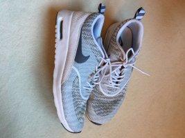 Nike Thea Sneaker Gr. 42