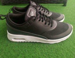 Nike Thea Sneaker Turnschuhe | Gr. 37,5