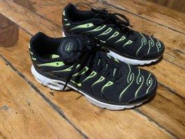 Nike Tn Sneaker Grösse 39 schwarz neon