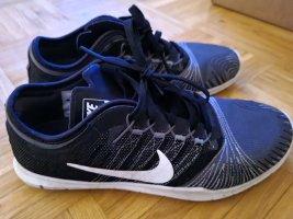 Nike training 37,5 tadellos