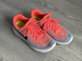 Nike Turnschuhe Gr.38