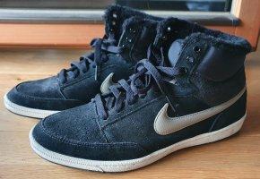 Nike Winter Sneaker