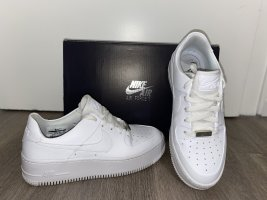 NikeAir Force 1 Sage Low