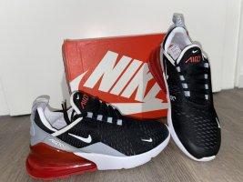 NikeAir Max 270