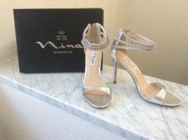 Nina Ninashoes New York silberne High Heels Gr.37 ungetragen viel Strass