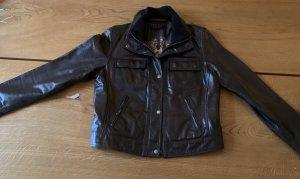Oakwood, Größe 40: Kurze dunkelbraune Lederjacke - ideal für den Herbst