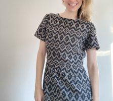 Oasis Sukienka o kroju litery A biały-czarny