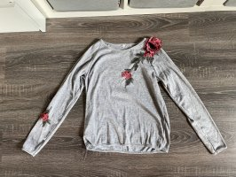 Oberteil Shirt Pullover grau Aufnäher rosé Blumen neu