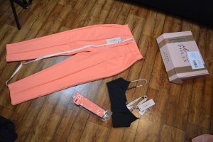 OH POLLY BOSSY High Waist HOSE IN KORALL 38