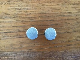 Clip d'oreille gris clair