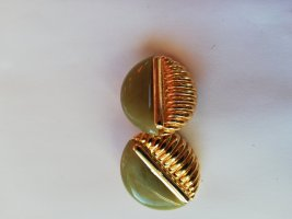 Earclip gold-colored-sage green