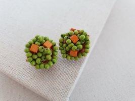 Clip d'oreille orange clair-vert fluo