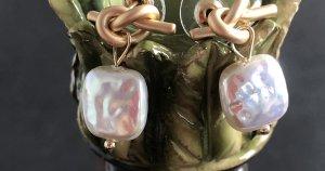 Ohrhänger S925 gold Knoten quadratische Perle faux