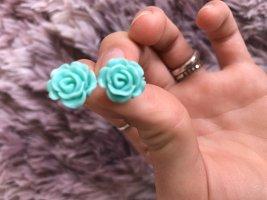 Ohrringe mit blauen Rosen